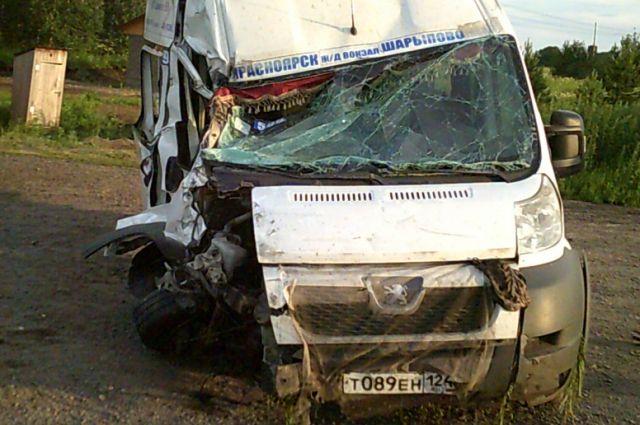 Авария произошла на 45-ом км трассы «Ачинск-Ужур-Троицкое».