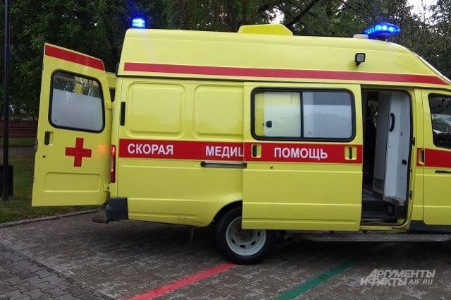 Мальчика увезли в больницу.