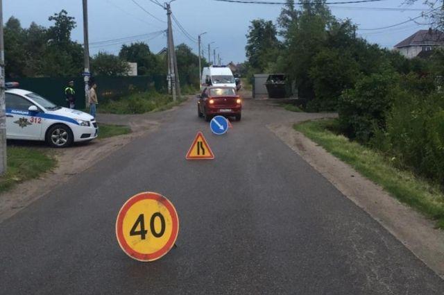 На улице И. Земнухова в облцентре автомобиль сбил 4-летнего ребёнка