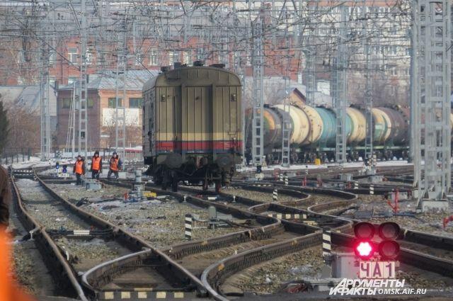 Погибшим оказался 34-летний составитель поездов.