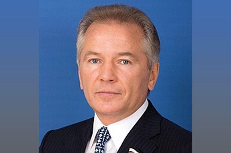 На четвертой строчке оказался член Совета Федерации, совладелец «Океанрыбфлота» Валерий Пономарев, заработавший 2,37 миллиарда рублей.