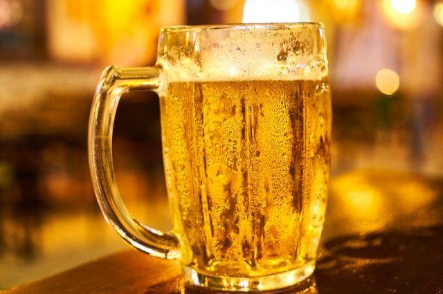 Кузбасские власти ввели закон, ограничивающий продажу пива в жилых домах.