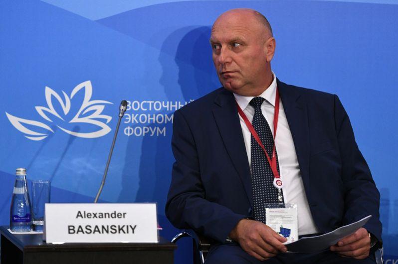 Депутат Магаданской областной думы Александр Басанский — на шестом месте. Его доход составил 1,88 миллиарда рублей.