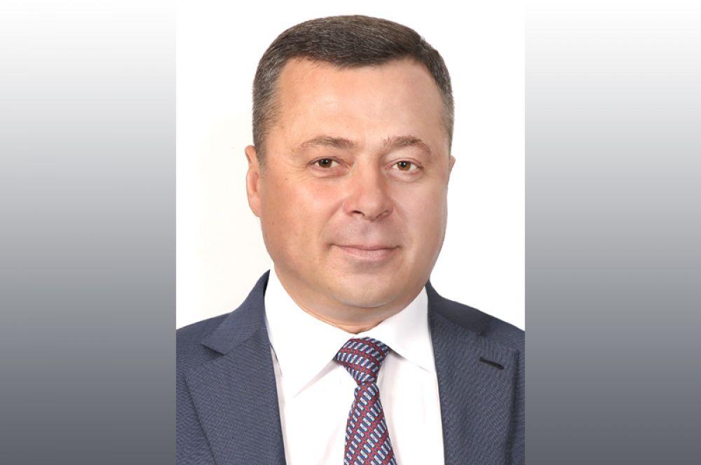 На девятой оказался депутат заксобрания Камчатского края Игорь Редькин — 1,44 миллиарда рублей.