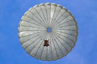 В Удмуртии парашютист погиб при выполнении прыжка