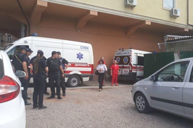 В центре Сум произошла стрельба: среди пострадавших ребенок