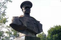 «Притча во языцех»: в Харькове восстановили снесенный ранее памятник Жукову