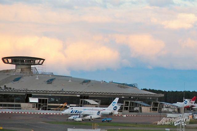 Аэропорт всё же главная достопримечательность Внукова.