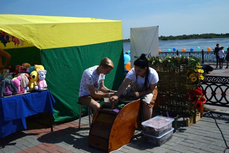 Аллея мастеров – это самая масштабная выставка-ярмарка рукодельниц.