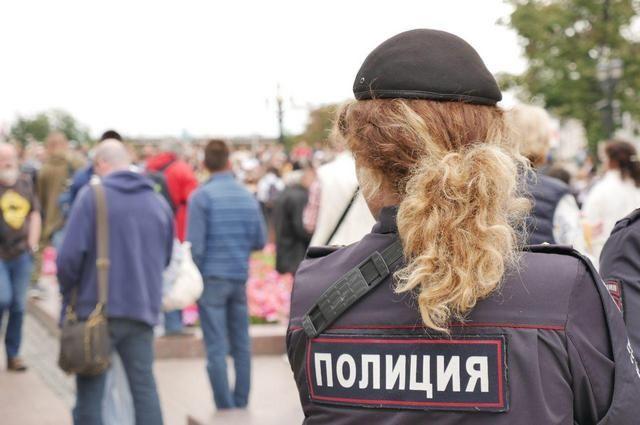 На митинг на Трубную оппозиционеры снова вывели сотрудников штабов
