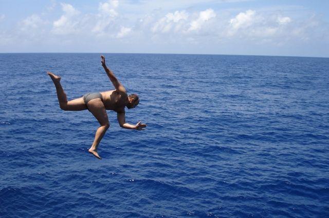 Тюменец попал в реанимацию из-за неудачного прыжка в воду