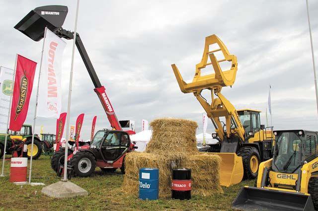 Самую современную сельскохозяйственную технику представили производители на форуме.