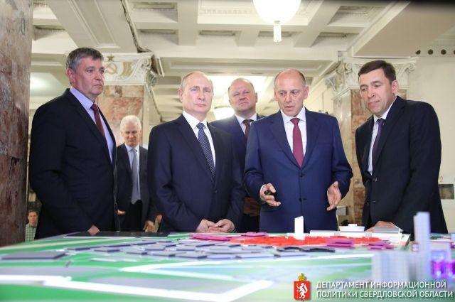 Губернатор показал президенту Владимиру Путину будущую Деревню Универсиады в перспективном микрорайоне Новокольцовский.