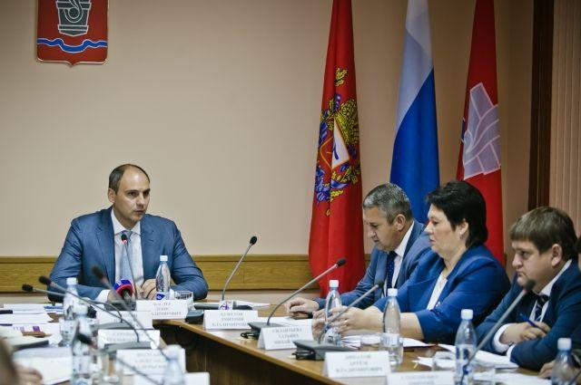 На совещании в г.Новотроицк докладывали о решении задач, поставленных главой региона.
