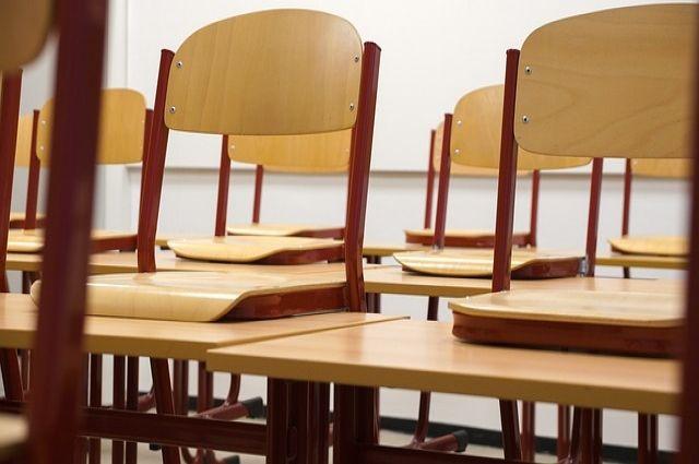 В трех тобольских школах открыты вакансии директоров