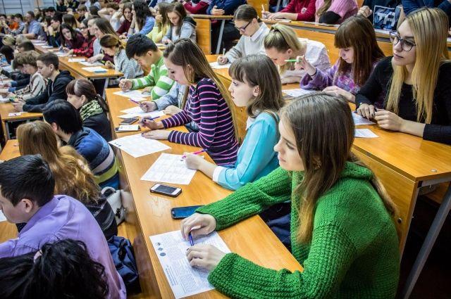 Как отметил Руслан Агиней, он хорошо знает университет.