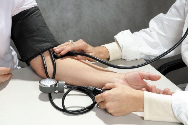 Ученые рассказали о влиянии давления на риск развития инфаркта