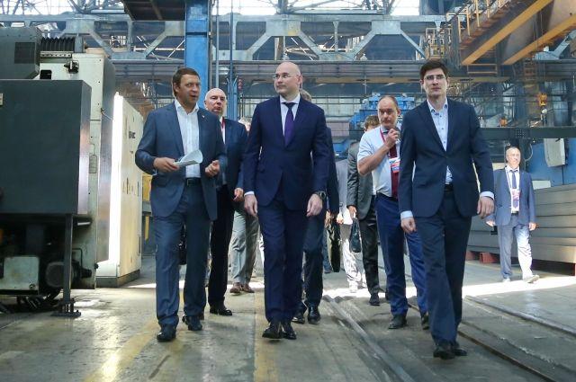 На днях делегация во главе с вице-президентом ПАО «Транснефть» Павлом Ревель-Мурозом (в центре) посетила Курганскую область.