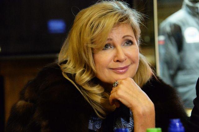 Певица Вика Цыганова подала документы на участие в выборах в Госдуму