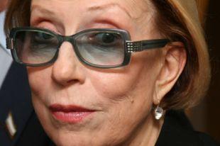 Инна Чурикова получила травму во время спектакля