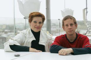 Оля и Коля увидели друг друга на первой встрече российских доноров и реципиентов.