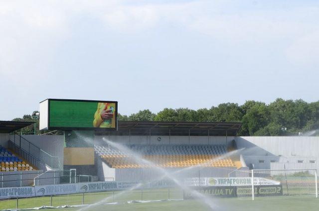 Стадион «Ника» в Александрии