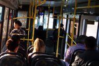 Пассажиры рассказывают, что это не первый подобный инцидент с автобусом этого рейса.