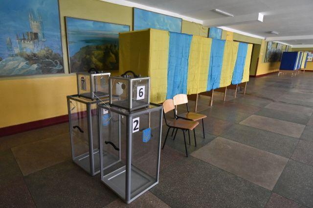 Пенсионерка пыталась съесть бюллетени на избирательном участке во Львове