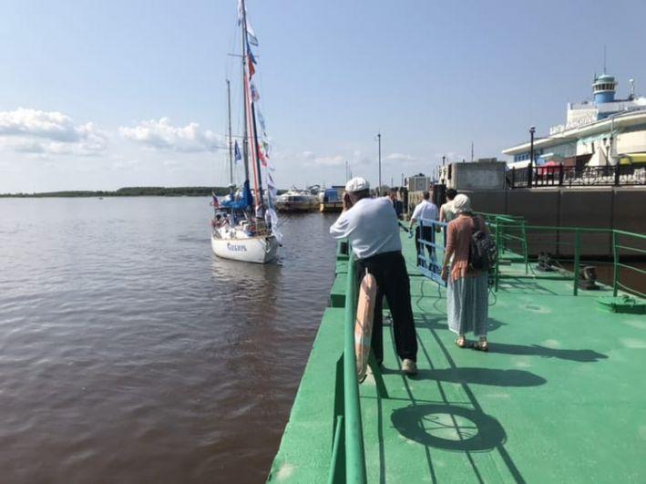 За 15 месяцев яхта «Сибирь» должна пройти 45 тысяч миль.