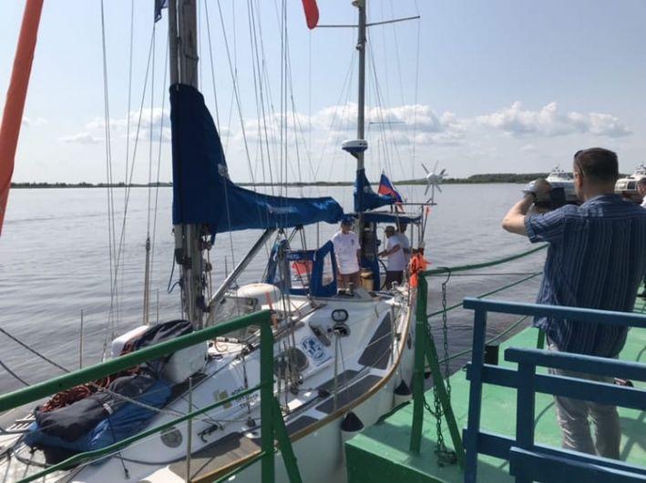 20 июля по реке Иртыш яхта добралась до Ханты-Мансийска.