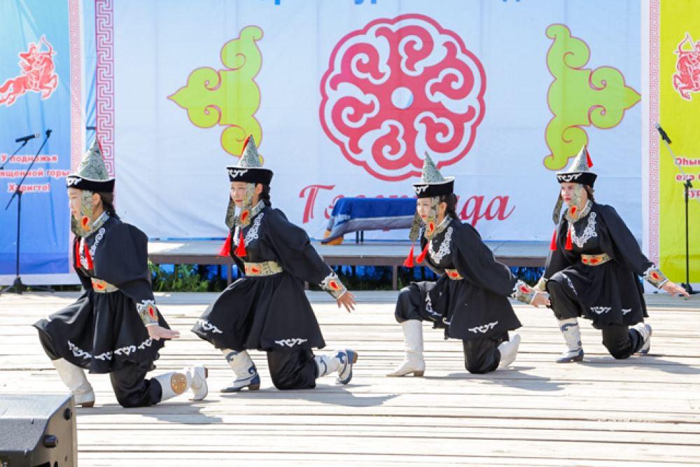 Культурно-спортивный праздник «Гэсэриада-2019» прошёл с 17 по 18 июля в Осинском районе.