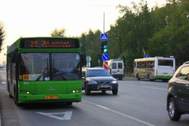 В День города некоторые тюменские автобусы будут курсировать до ночи