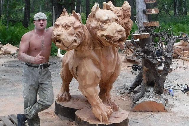Со скульптурой «Небеса» мастер занял первое место на международном фестивале «Тэнери» на Алтае.