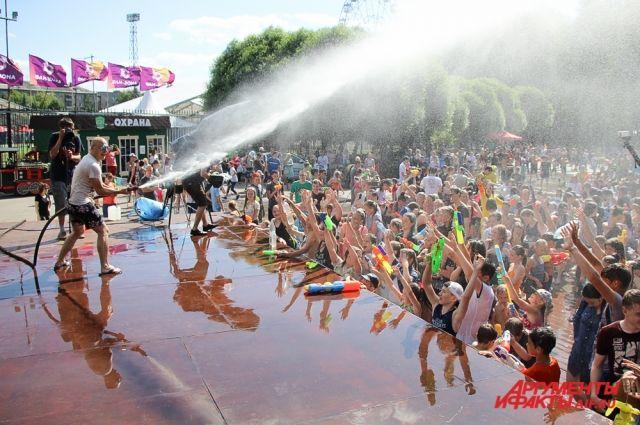 В субботу на набережной Камы состоится мокрое побоище.