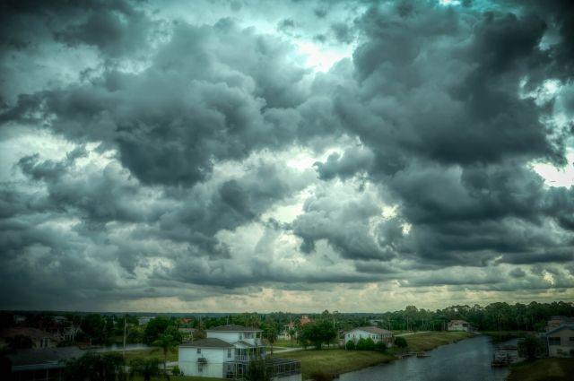 В выходные возможен дождь и грозы.
