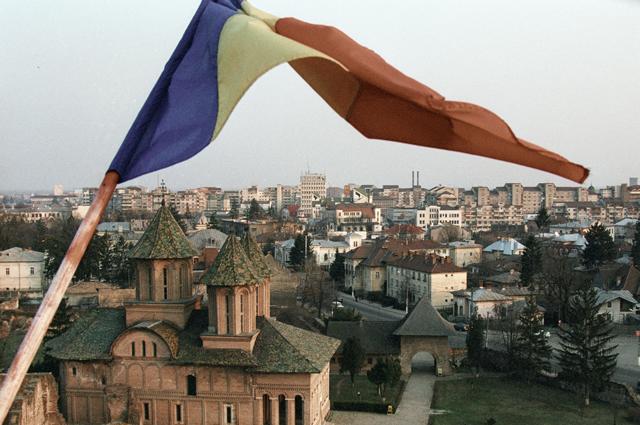 Румыния непропустила российское вооружение для Сербии из-за санкций