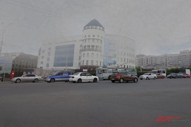 Жители Новосибирской области не просто устали от серых красок, запаха гари и отсутствия солнца: многие жалуются на плохое самочувствие.