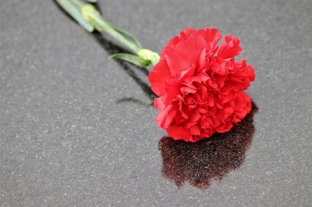 В Новотроицке в последний путь проводили убитого таксиста