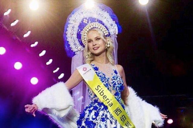Девушка может стать Мировой королевой красоты.