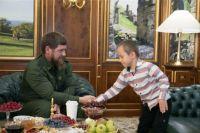 Рамзан Кадыров встретился с отважным мальчиком.