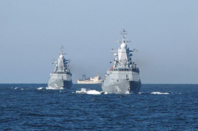 Корабли, участвовавшие в Главном морском параде, возвращаются в Балтийск