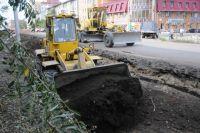 Дорожным бригадам предстоит заделать щебнем и битумной эмульсией повреждения в асфальтобетонных покрытиях глубиной шесть сантиметров.