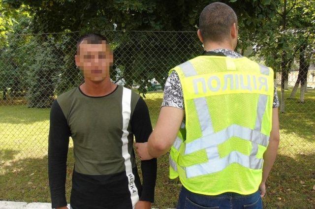 Жертвой конфликта группы мужчин стала девушка: в пострадавшую попала пуля
