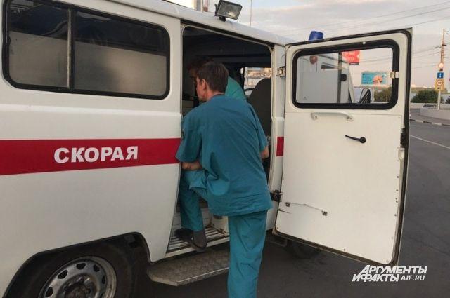 На месте аварии работали сотрудники ГИБДД по Новосибирску.