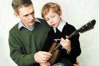 Для сына отец – первый и главный человек для подражания.