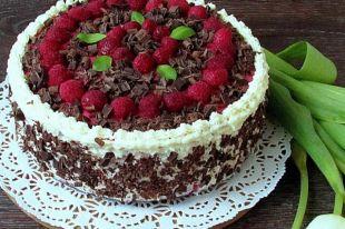 Гастрономический календарь 31 июля: День малинового торта, рецепт