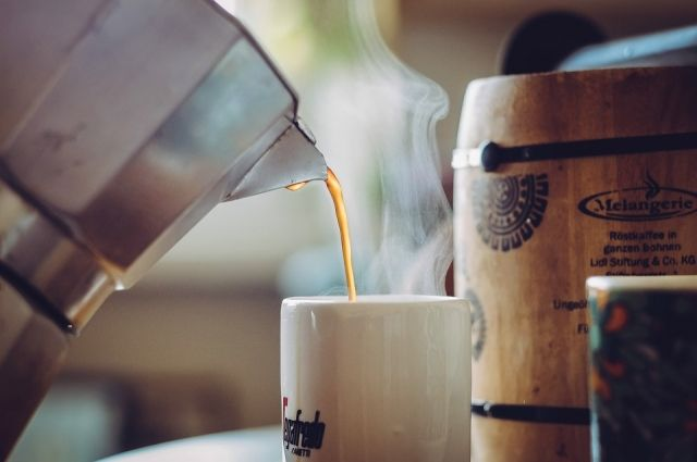 С вишней, душицей и перцем. Какие добавки сделают вкус кофе необычным?