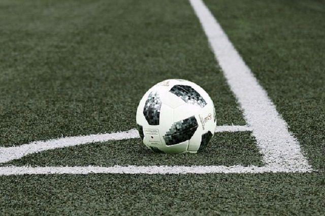 Современное футбольное поле открыли в Ишиме