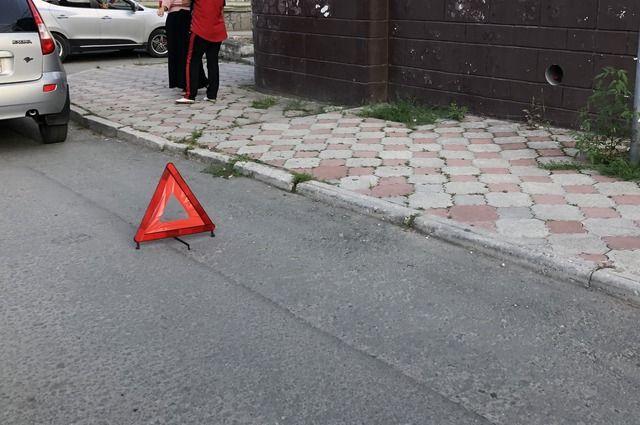 В Озёрском районе 2-летнего ребёнка сбил не заведённый автомобиль