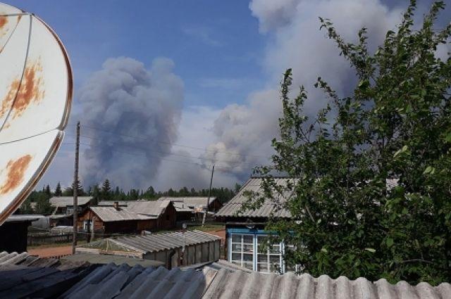 Спасатели будут распределены в Усть-Кутский и Киренский районы для защиты населённых пунктов.